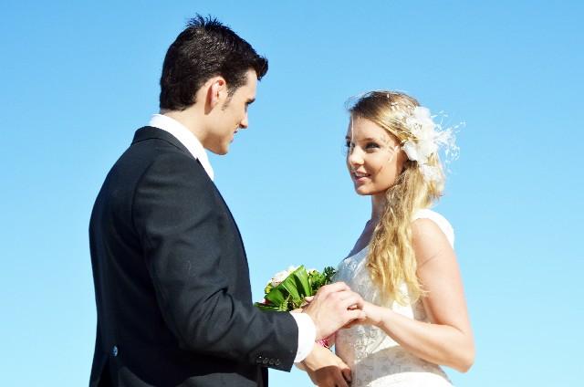 今はあの人との結婚を進める時期? 相手の星座別・結婚のタイミング